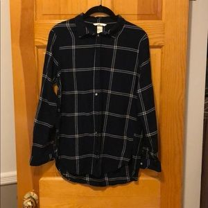 H&M Navy Plaid Long Sleeve Button Down Shirt